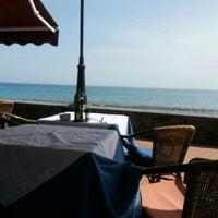 Photo taken at Restaurante Picola Italia by Jose F. on 4/21/2013