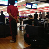 Photo taken at SM Bowling Center by Yvette on 4/3/2013