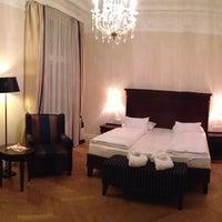 Das Foto wurde bei Parkhotel Schönbrunn von Fabian am 5/23/2013 aufgenommen