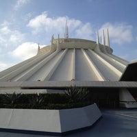 10/4/2012 tarihinde Alex M.ziyaretçi tarafından Space Mountain'de çekilen fotoğraf