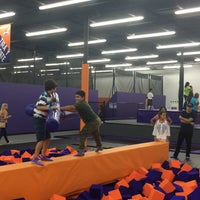 photo taken at altitude trampoline park by zulma on 8272016
