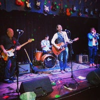 Photo taken at Sixes Tavern by Gigfind on 4/20/2014