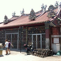 Photo taken at Kuan Yin Temple (觀音亭 Goddess of Mercy) by kenneth c. on 3/16/2013