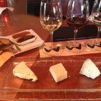 รูปภาพถ่ายที่ Willi's Wine Bar โดย Alan A. เมื่อ 3/23/2013