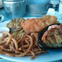 Photo taken at Joe's Crab Shack by Tracey T. on 9/6/2013