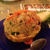 Foto tomada en Sombat's Fresh Thai Cuisine por John L. el 1/4/2013