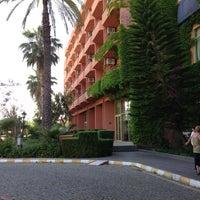 Foto tirada no(a) Simena Hotel por Maria em 5/22/2013