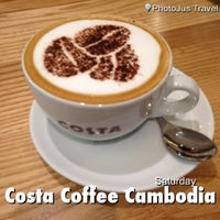 Photo taken at Costa Coffee by Mod'X S. on 3/30/2013