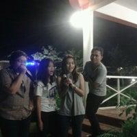 Photo taken at ปลายน้ำ คันทรีวิว by Darat -. on 9/29/2012