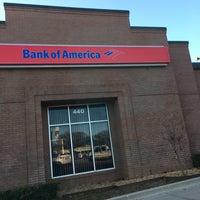 Photo taken at Bank of America by Dedrick W. on 1/14/2016