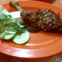 Photo taken at Ayam Penyet Pemuda Tampan by seres d. on 12/16/2012