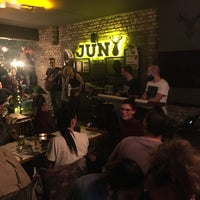 Photo prise au Jun Bistro Pub par önder y. le4/6/2018
