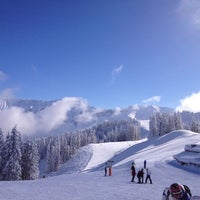 Photo taken at Le Chamois by Юлия on 2/13/2013