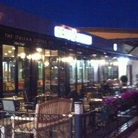 2/12/2013 tarihinde Urcun C.ziyaretçi tarafından Caffè Nero'de çekilen fotoğraf