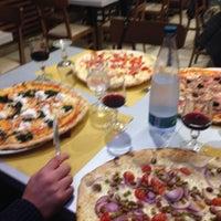 Photo taken at Pizzeria da Totò by Elena S. on 10/28/2015