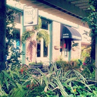 Photo taken at MOD Coffee & Tea House by Yola B. on 12/7/2012