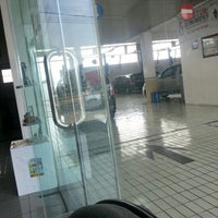 Photo taken at Toyota Rejeki Cirebon by Indria P. on 11/2/2012