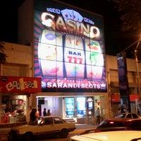 Foto tirada no(a) Casino Rivera por Gesiel V. em 4/19/2014