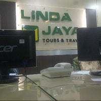 Photo taken at Linda Jaya Tour & Travel by Ri_Ra on 6/28/2013
