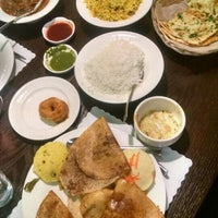 Photo taken at 8Elements Perfect Indian Cuisine by Movie L. on 11/13/2015