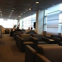 Photo taken at Lufthansa Business Lounge by Mateusz on 1/2/2013