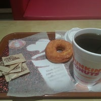 Photo taken at Dunkin' Donuts by Mansour ✅ on 4/15/2013