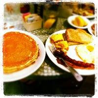 Photo taken at Broken Yolk Cafe by Trey A. on 9/24/2012