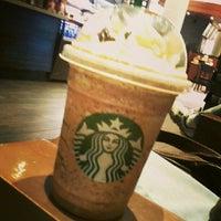 Photo taken at Starbucks by Beatriz B. on 3/16/2013