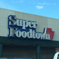 Photo taken at Super Foodtown by Mark K. on 11/4/2012