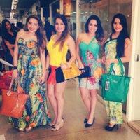 Foto diambil di Shopping 44 oleh Naátina Hânia E. pada 9/28/2013