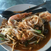 Photo taken at Adam Char Koey Teow by Adaly B. on 12/8/2012