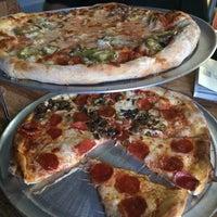 Photo taken at Formacio Pizzeria by Esther C. on 7/25/2014