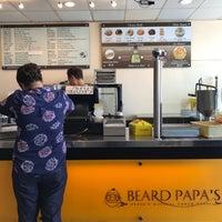Foto tirada no(a) Beard Papa's por graceface k. em 4/13/2017