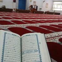 Photo taken at مسجد ( العدان) by Mubarak on 10/31/2014