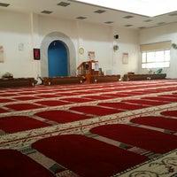 Photo taken at مسجد ( العدان) by Mubarak on 3/7/2014