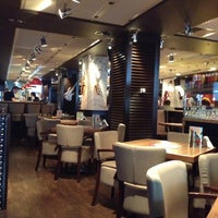 7/16/2013 tarihinde burak k.ziyaretçi tarafından Happy Bar & Grill'de çekilen fotoğraf