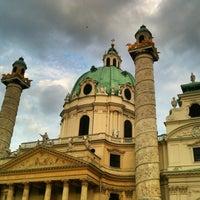 7/8/2013 tarihinde Derya E.ziyaretçi tarafından Karlskirche'de çekilen fotoğraf