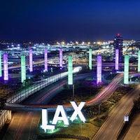 Photo taken at LAX Passenger Pickup by Edωïи on 11/28/2014