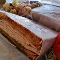 Photo taken at Lisa's Bon Appétit by Media Cookery on 11/22/2012