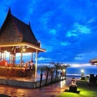 Photo taken at Royal Lanta Resort And Spa Koh Lanta by Rafael A. on 8/24/2014