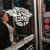 Photo taken at Blue Rock Pizza &Tap by Wayne P. on 10/12/2017