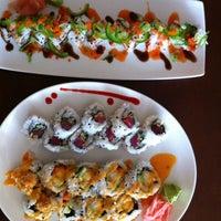 Photo prise au Domo Sushi par Matt C. le6/8/2013
