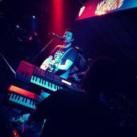 Foto tirada no(a) Bar19 por Emre em 2/16/2013