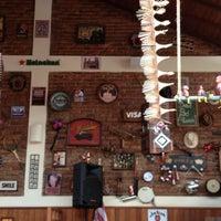Photo taken at Mr. Brad Food e Drinks by Ricardo D. on 11/9/2012