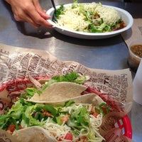 Photo taken at Chipotle Mexican Grill by Elaziel on 9/4/2013
