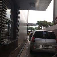 Photo taken at McDonald's by Luiz F. on 10/16/2012