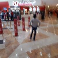 Photo taken at Cinemex Premium Metepec by Arturo H. on 8/20/2017