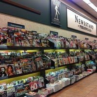 Photo taken at Barnes & Noble by Cinthya on 2/3/2013
