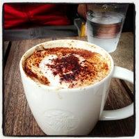 10/10/2012 tarihinde Samiziyaretçi tarafından Starbucks'de çekilen fotoğraf