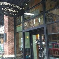 Photo prise au Sisters Coffee Company par Geoff S. le11/10/2012